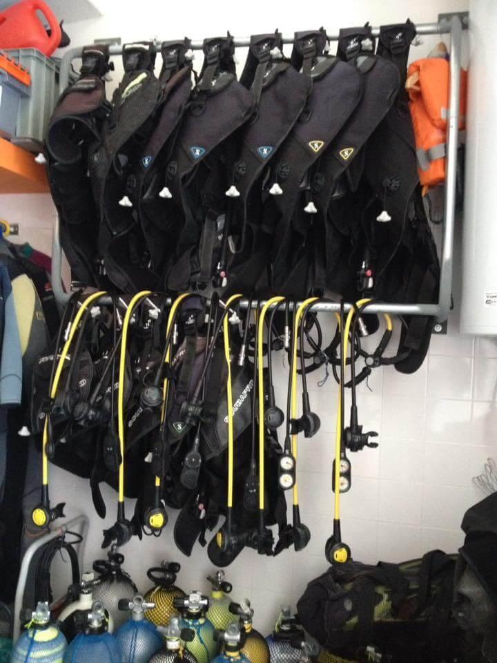 Equipamento de mergulho usado